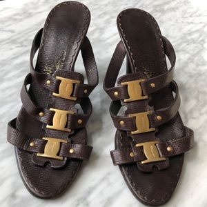 Ferragamo logo placket sandals